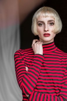 The Hive - RED STRIPES TURTLENECK