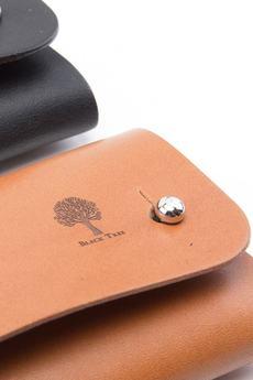 Black Tree - Skórzany, mały portfel na karty i monety - knopiki
