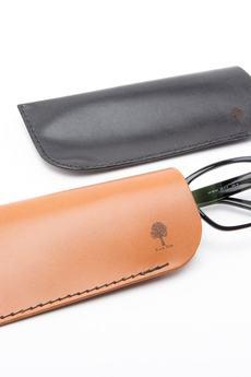 Black Tree - Skórzane płaskie etui na okulary