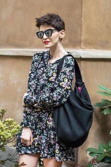 Karolina Audycka - Czarna torba worek na ramię