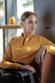 Style - Gładka bluzka z długimi rękawami S126