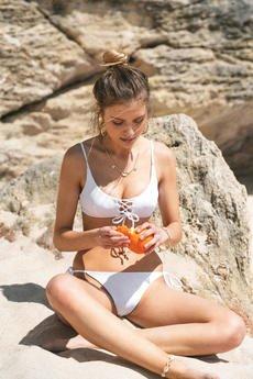 Tropiko Swimwear - TROPIKO SWIMWEAR - góra bikini AMADO biały top