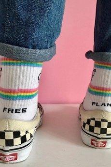 4LCK - 4LCK Skarpetki z napisem Free Planet i tęczą LGBT