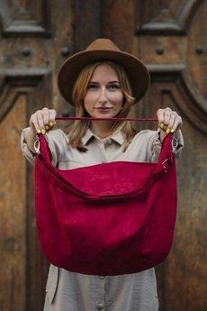 Karolina Audycka - Czerwona torba worek z zamszu ekologicznego