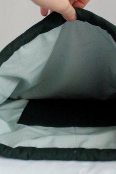 Szczypta - Zielony worek z czarnym trójkątem, 100% bawełna