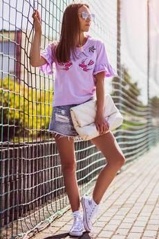 ŁAP NAS - Fioletowy tshirt w palmy i flamingiem