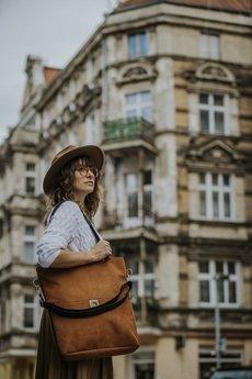 Karolina Audycka - Torba w kolorze rudego brązu z wodoodpornego nubuk