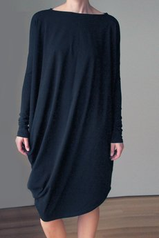 ONE MUG A DAY - Asymetryczna sukienka długi rękaw czarna