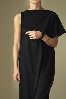 ONE MUG A DAY - Sukienka symetryczna Kreska czarna