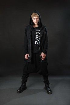 PIKIEL - Czarny t-shirt z kapturem NO RULES