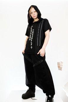 PIKIEL - Czarny t-shirt z kapturem EXPRESS YOURSELF