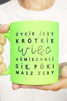 ONE MUG A DAY - Uśmiechnij się kubek zielony neon