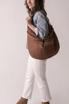 Karolina Audycka - Brązowa torba worek z zamszu ekologicznego